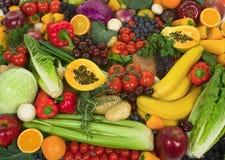 Vehículos y frutas Foto de archivo