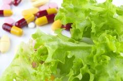 Vehículo y vitaminas Fotos de archivo libres de regalías