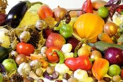Vehículos y frutas aislados Foto de archivo