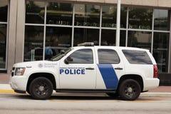 Veicoli di polizia di obbligazione della terra natia Fotografia Stock