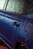Veicolo coperto in ghiaccio durante la pioggia congelantesi Immagine Stock Libera da Diritti