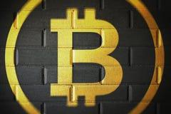 Veiligheid van de Bitcoin blockchain de stevige muur en stevige veiligheid royalty-vrije stock foto's