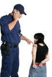 Veiligheidsagent die politie roept Stock Afbeeldingen