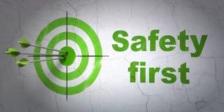Veiligheidsconcept: doel en Veiligheid eerst op muurachtergrond royalty-vrije illustratie