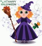 Veille de la toussaint heureuse Petite sorcière avec la poupée de potiron Photos libres de droits