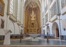 Veinna - presbiterio ed altare gotici della chiesa di Augustinus o di Augustinerkirche. Immagine Stock