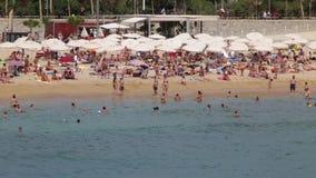 Veja a atividade nas praias de Barcelona Lapso de tempo 1 filme