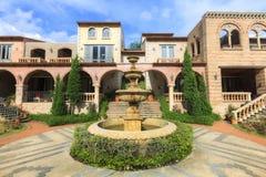 Veja o exterior do recurso moderno de Toscana do La da construção Foto de Stock Royalty Free