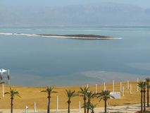 Veja panorâmico do hotel em Ein Bokek imagem de stock royalty free
