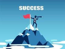 Vektor av en affärsman som överst står av berget som söker efter framgång royaltyfri illustrationer