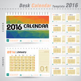 Vektor-Design-Schablone des Tischkalender-2016 mit buntem Dreieckzusammenfassungs-Musterhintergrund Stockfotos