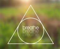 Vektor-Dreieck und Mitteilung ` atmen ` Illustration auf natürlichem Hintergrund Lizenzfreie Stockfotografie
