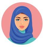 Vektor - junge schöne arabische Frau in einem blauen hijab Stockfotografie