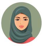 Vektor - junge schöne arabische Frau in einem grünen hijab Stockbilder