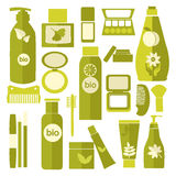 Vektor-Kosmetik und Schönheitsproduktpakete eingestellt Lizenzfreie Stockbilder