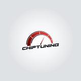 Vektor-Logodesign des roten Steigungsautochips abstimmendes mit grauem Hintergrund stock abbildung
