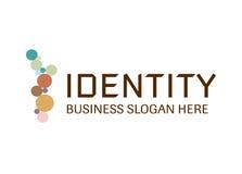 Vektor - modernes Logo des Identitätsgeschäfts, lokalisiert auf weißem Hintergrund Auch im corel abgehobenen Betrag stock abbildung