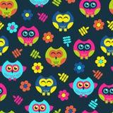 Vektor, Muster Hintergrund, Mehrfarben-, nahtloses Muster, verlässt; Eule; Blumen Stockfotos