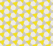 Vektor-nahtloses Grey Yellow Geometric Triangle Shape-Tessellations-Muster Lizenzfreie Stockfotos