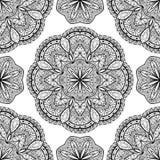 Vektor orientalisk sömlös modell med svarta mandalas Arkivfoto