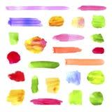 Vektor-Sammlung vibrierende Farbverschiedene Aquarell-Stellen und Bürsten-Anschläge, lokalisiert lizenzfreie abbildung