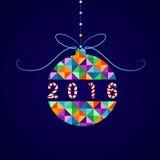 Vektor-Weihnachtsball von geometrischen Formen Feiertagsdesign, Dreieckmuster Stockbilder