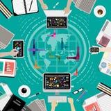 Vektoraffärskommunikationer över hela världen, genom att använda kommunikationsteknologi, datorer, mobiltelefoner, minnestavlaupp Arkivfoton