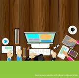 Vektoraffärsman som arbetar med trätabellen för globala kommunikationer Arkivbild