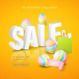 Vektoraffisch för påskförsäljningar med text 3d, kulöra ägg, bandet, den pappers- shoppingpåsen och och öron av en kanin på apels Arkivbild