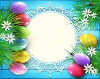Vektorbakgrund för påsk Kulöra ägg, blommor, tusenskönor, gr royaltyfri illustrationer