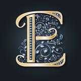 Vektorbokstav E Guld- och försilvra monogram Heraldiska initialer Lyxigt symbol bröllop för abstraktionkortillustration vektor illustrationer
