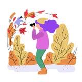 Vektorillustration av höstskogen, flicka som tar bilder av en fågel på ett träd vektor illustrationer