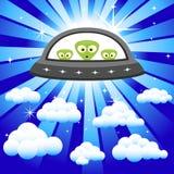 Främlingar i skyen Arkivfoto