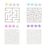 Vektorillustration av uppsättningen av 4 fyrkantiga labyrinter för ungar Arkivfoton