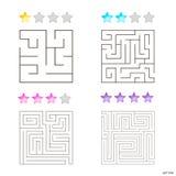 Vektorillustration av uppsättningen av 4 fyrkantiga labyrinter för ungar Fotografering för Bildbyråer
