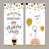 Vektorillustration der Geburtstagseinladung Gesicht und Rückseiten Parteihintergrund mit kleinem Kuchen, Ballon und Gold funkelt Stockfoto