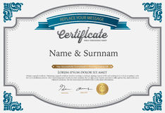 Vektorillustration des Goldausführlichen Zertifikats Stockfotografie