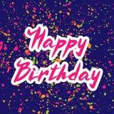 Vektorillustration: Handskriven modern borstebokstäver av den lyckliga födelsedagen på blått med konfettibakgrund stock illustrationer