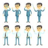 Vektorillustration - lustiger Karikaturkerl mit Gläsern im hübschen jungen Geschäftsmann der verschiedenen Haltungen vektor abbildung