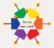 Vektorillustration - lyckliga hanukkah med färgrika dreidels och stearinljus royaltyfria bilder
