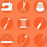 Vektorillustration von nähenden Werkzeugen auf Orange Stockbilder