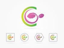 Vektorillustrationbokstav C lämnar logosymbolen att planlägga Arkivfoto