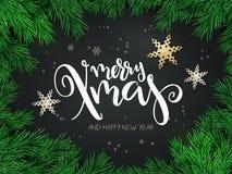 Vektorillustrationen av julhälsningkortet med handbokstäveretiketten - glad xmas - med stjärnor, gran-träd förgrena sig stock illustrationer