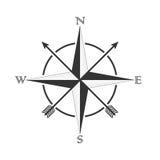 Vektorkompass med rosa vind och pilar i den gamla stilen Design för tatueringar och klistermärkear Royaltyfri Bild