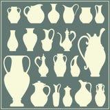Vektorkonturer av vaser Isolerad lerkärluppsättning royaltyfri illustrationer