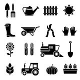Vektorlandwirtschaft und schwarze Ikonen des Bauernhofes eingestellt Lizenzfreie Stockbilder