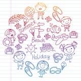 Vektormodell med barnsymboler Sommarsemester på kusten, hav, hav, strand Små ungar som har gyckel stock illustrationer