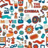 Vektormuster mit gezeichneten Ikonen des Kinos Hand kritzeln Art Stockbild