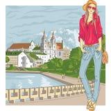 Vektorn skissar av en stilfull flicka för mode i den gamla staden Arkivbild