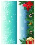 Vektorn ställde in av julbaner med granfilialer, järnek, mistelblomman, karamellrottingen, gåvaask vektor illustrationer